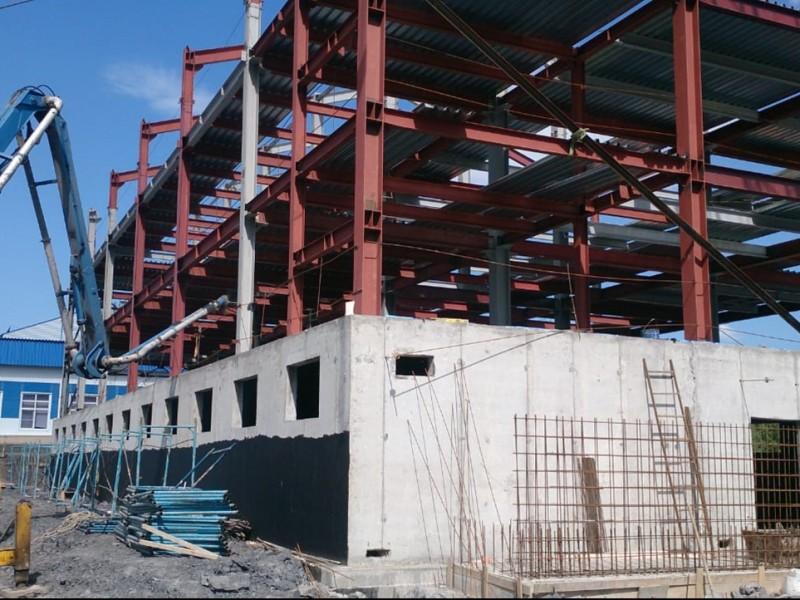 Заливка бетона бетононасосом
